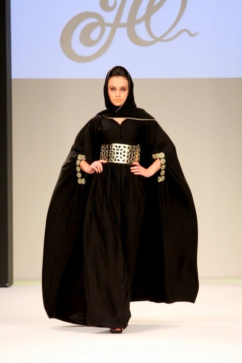 The cape in the abaya. It all began with this particular model! Homa Q Abayas was the first designer to introduce the cape abayas in 2009. Since then it has become our brand's signature style.