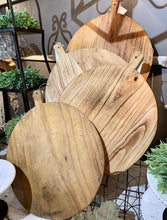 Load image into Gallery viewer, Raw-wood Large Round bread board