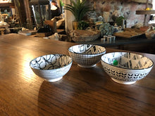 Load image into Gallery viewer, Set of 3 Black and White Bowls