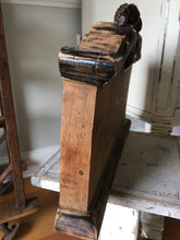 Load image into Gallery viewer, Vintage Architectural Salvage