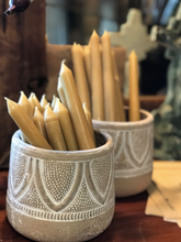 Load image into Gallery viewer, Purify Your Air w/ 100% Beeswax Candles