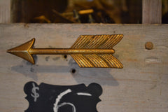 golden-arrow-drawer-pull-with-feather