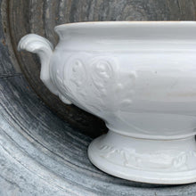 Load image into Gallery viewer, Ironstone Tureen