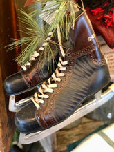 Load image into Gallery viewer, VINTAGE SHERBROOKE MENS HOCKEY ICE SKATES