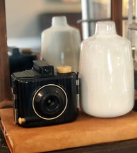 Load image into Gallery viewer, VINTAGE KODAK BABY BROWNIE SPECIAL CAMERA