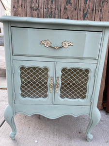 Vintage French Provencial Nightstand/End Table