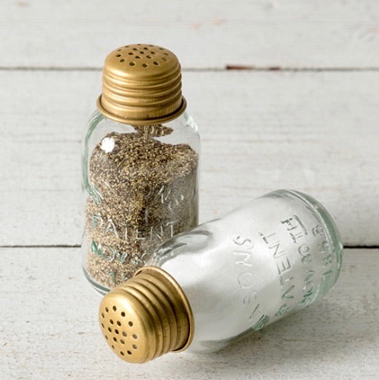 Mason Jar Salt n Pepper Shakers