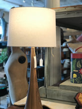 Load image into Gallery viewer, Mid-century modern style lamp