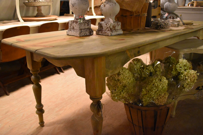 ... Handmade Pine Farm Table ...