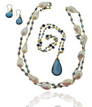 Load image into Gallery viewer, Long blue sapphire and baroque pearl necklace in 18k gold