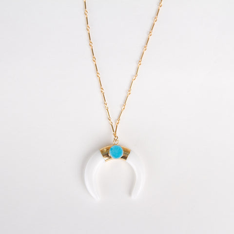Round Quartz Pendant Necklace