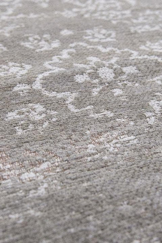 Fading World Medallion White Pepper 8382 Detail of Pile
