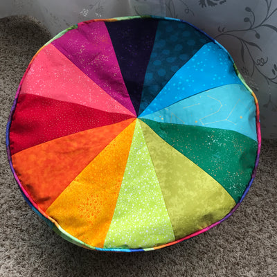 Floor Pouf Free Pattern from Closet Case Patterns
