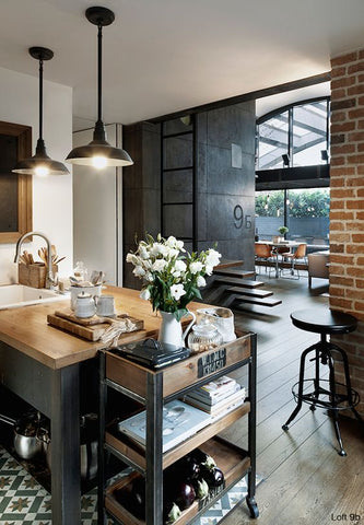 An industrial kitchen is all about honesty and rawness. It doesn't hide away imperfections; instead, this design brings flaws forward and makes blemishes the centre of attraction.