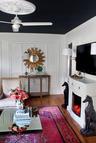 use a white ceiling fan to match your interior's style seamlessly