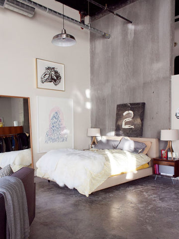 One Thing That Stands Out In Every Eclectic Bedroom The Lighting An  Industrial Style Pendant Light