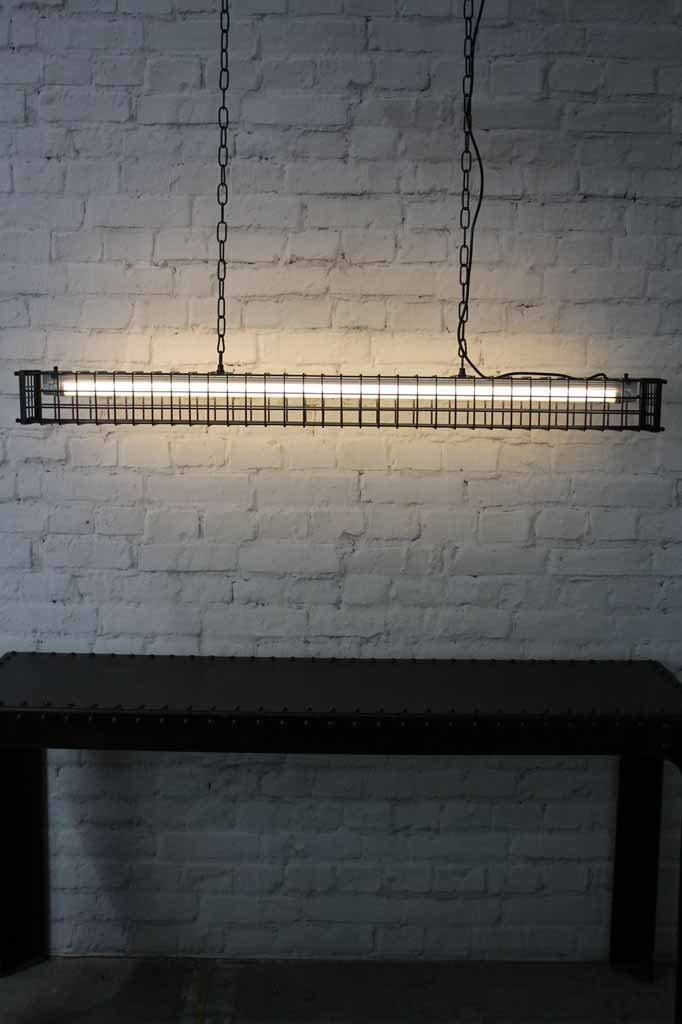 1 pumpstation linear light square cage