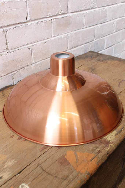 Bullpit-shade-colour---Copper-outer-with-white-inner