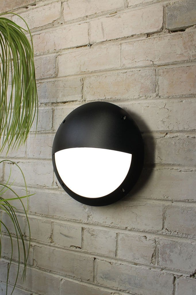Button lid bunker wall light is an outdoor light