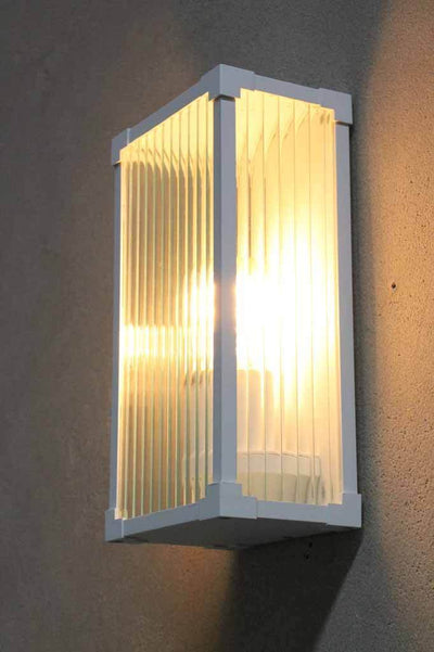 Buy outdoor lighting online. front house light.