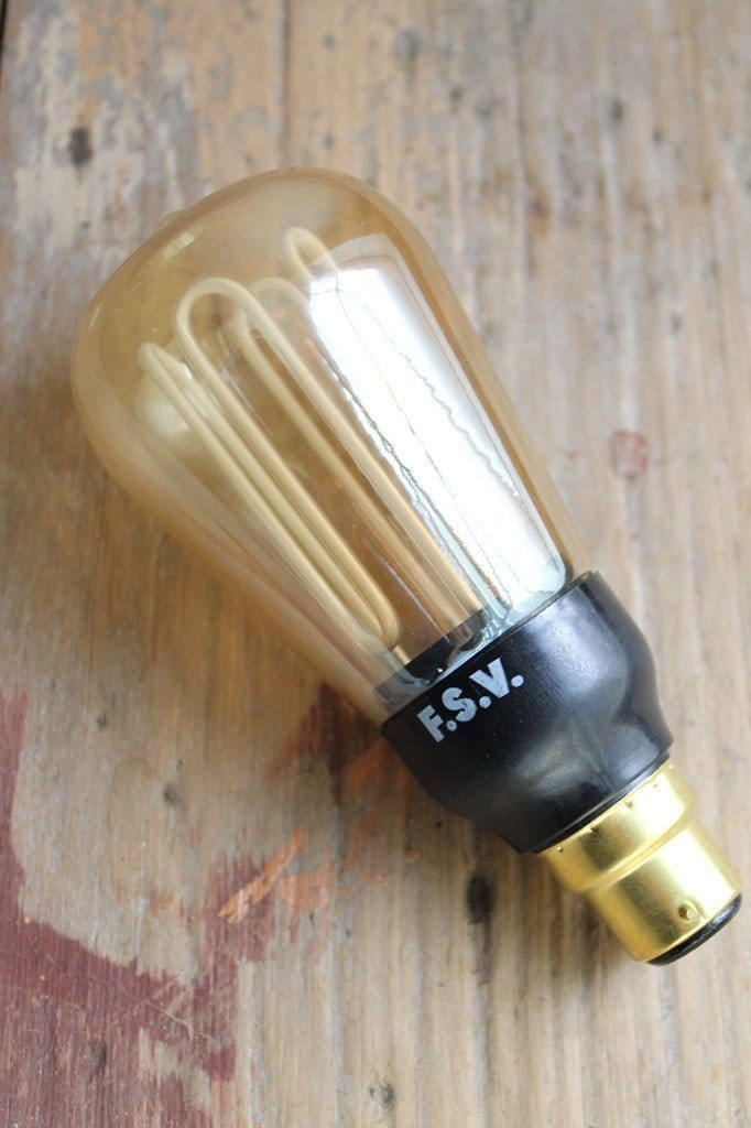 Cfl squirrel cage energy saver