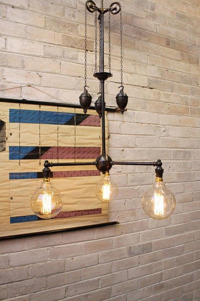 Chandelier pulley light
