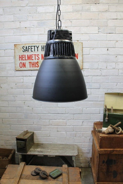 Hangar pendant light industrial high bay style