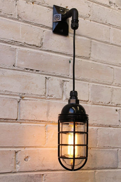 Hanging wall light bunker in black