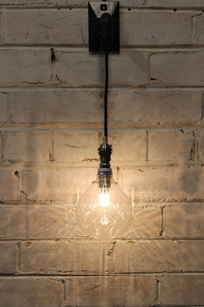 Hanging wall light with crystal clear led bulb