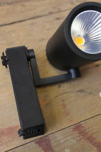 Led track lighting with swivel head use in cafe lighting or apartments