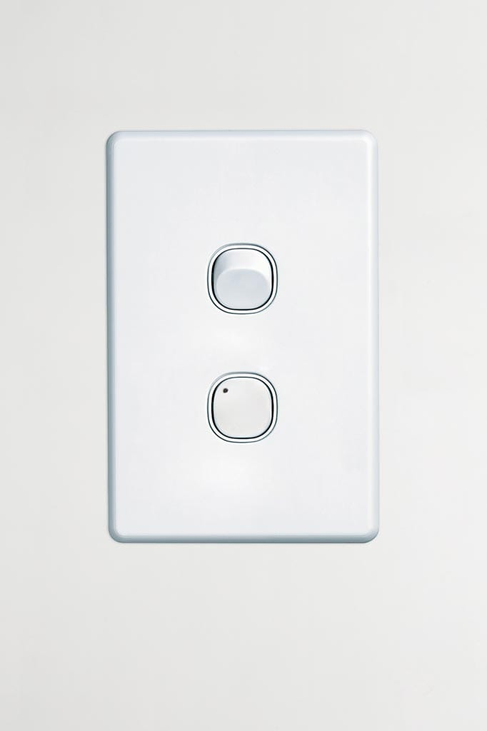 LED friendly universal dimmer in wall plate