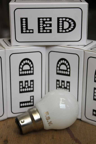 Led light bulb g45 3 watts 2800k b22