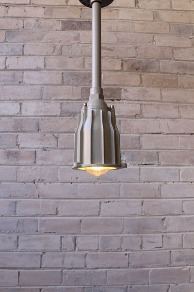 Marine industrial pole pendant with no glass cover