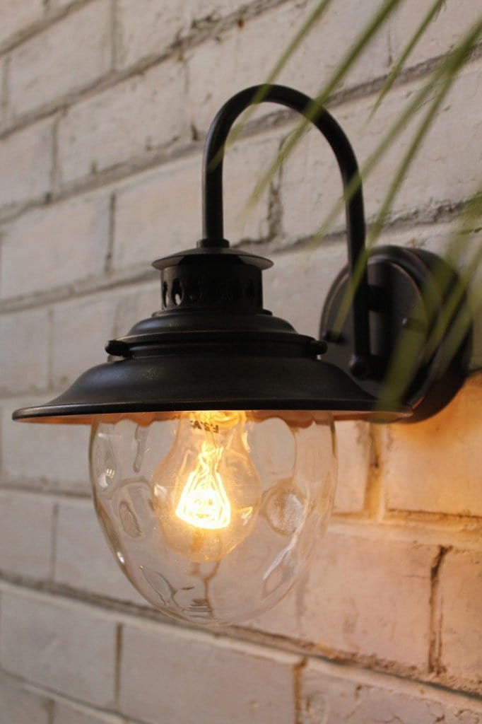 Mews wall light suitable for indoor and outdoor use