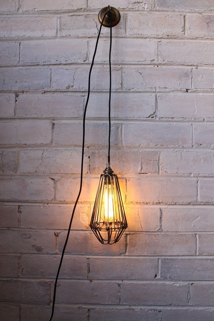 Pendant light cord inline switch with wall plug