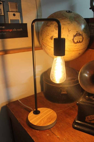 Pipe lamp in matt black