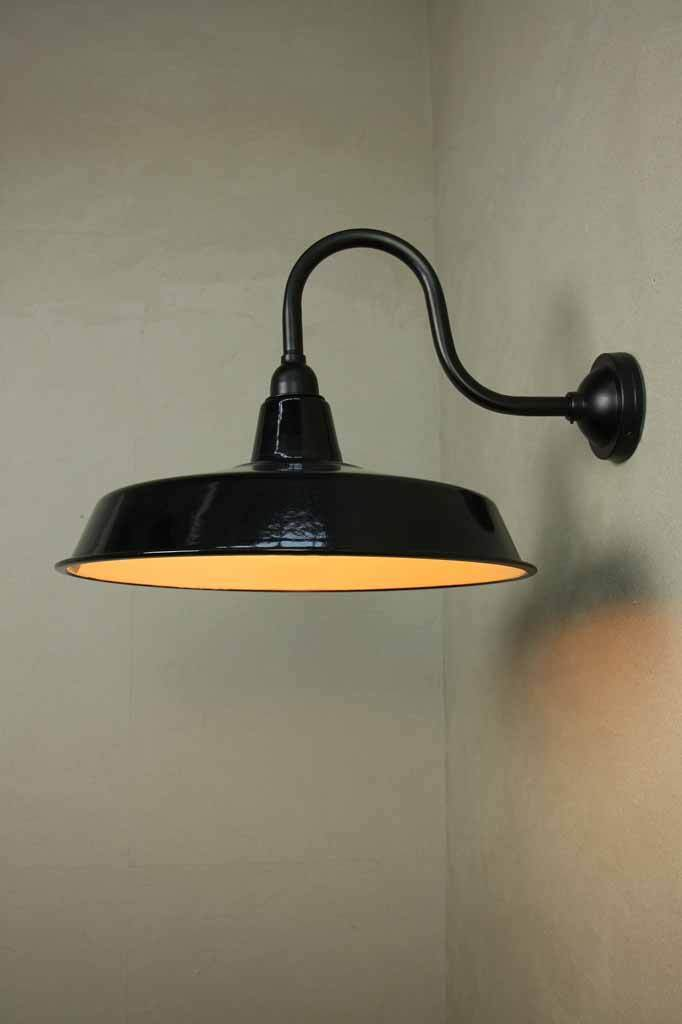 Smokehouse Wall Light