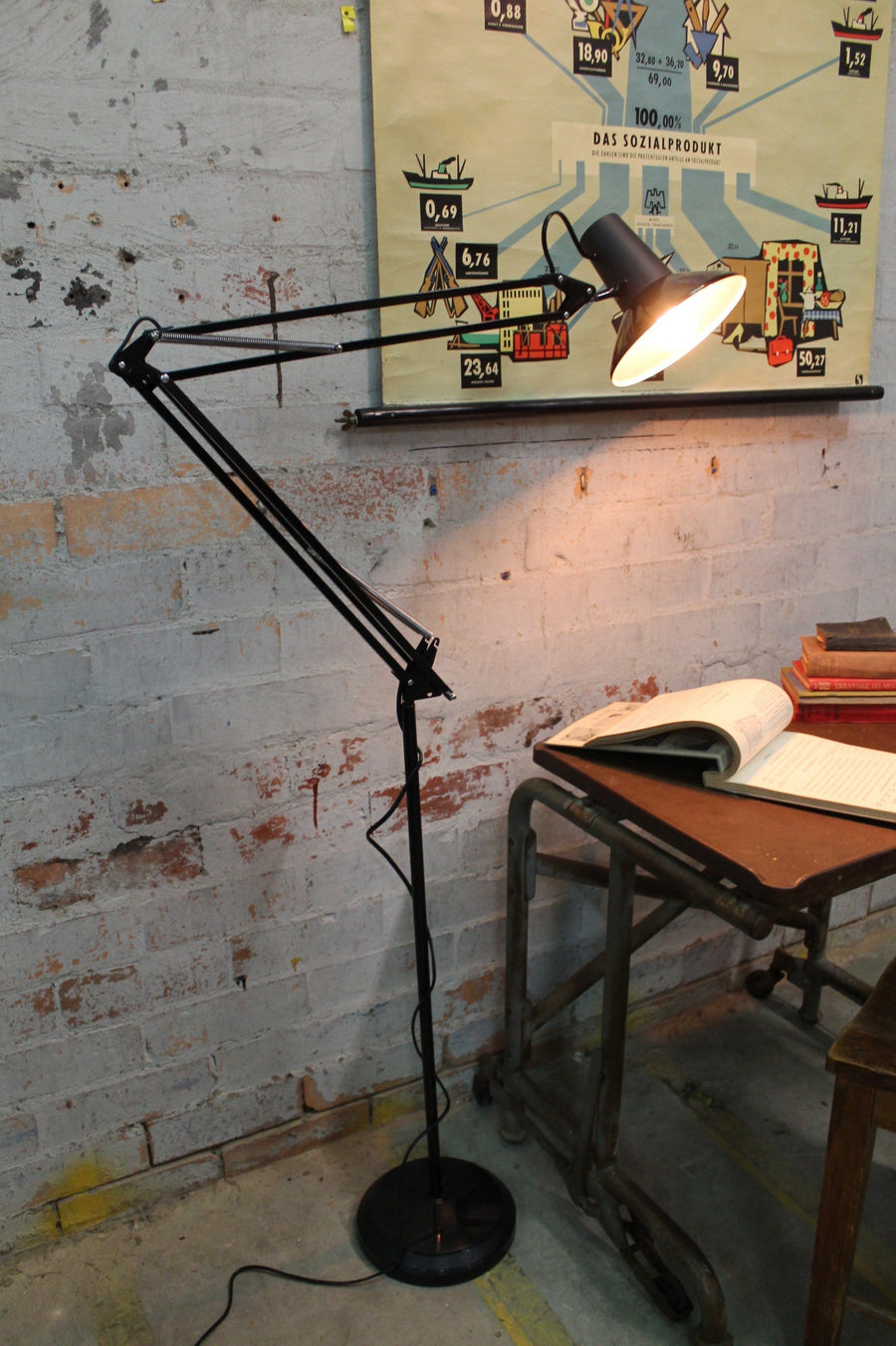 Superlux floor lamp task lighting