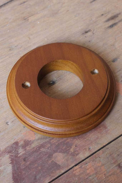Wooden block ceiling rose accessory