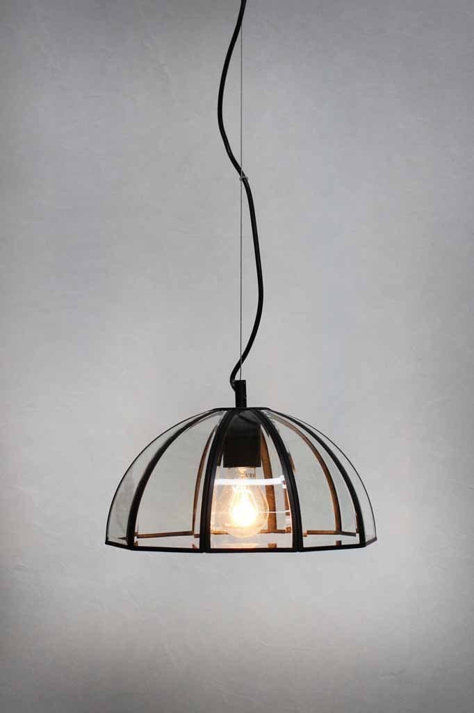 glass-pendant-light-with-cord-suspension