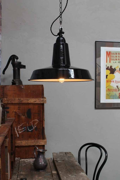 High top smokehouse light black pendant light quality steel shade with twisted cord and chain suspension. kitchen island light kitchen lighting