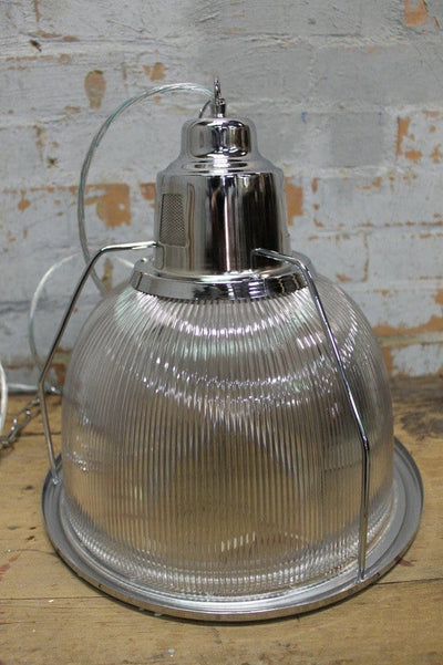 Industrial pendant light polycarbonate