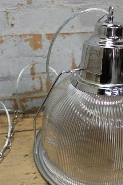 Industrial pendant light with polycarbonate and metal high bay style lighting fixture