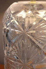 intricate glass detail table lamp
