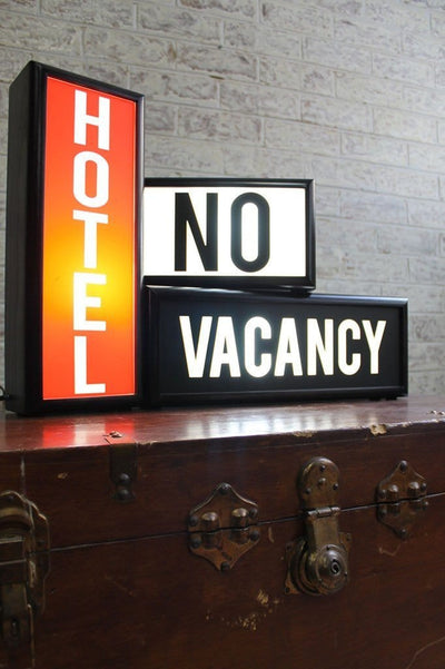 Lightboxes hotel no vacancy 7