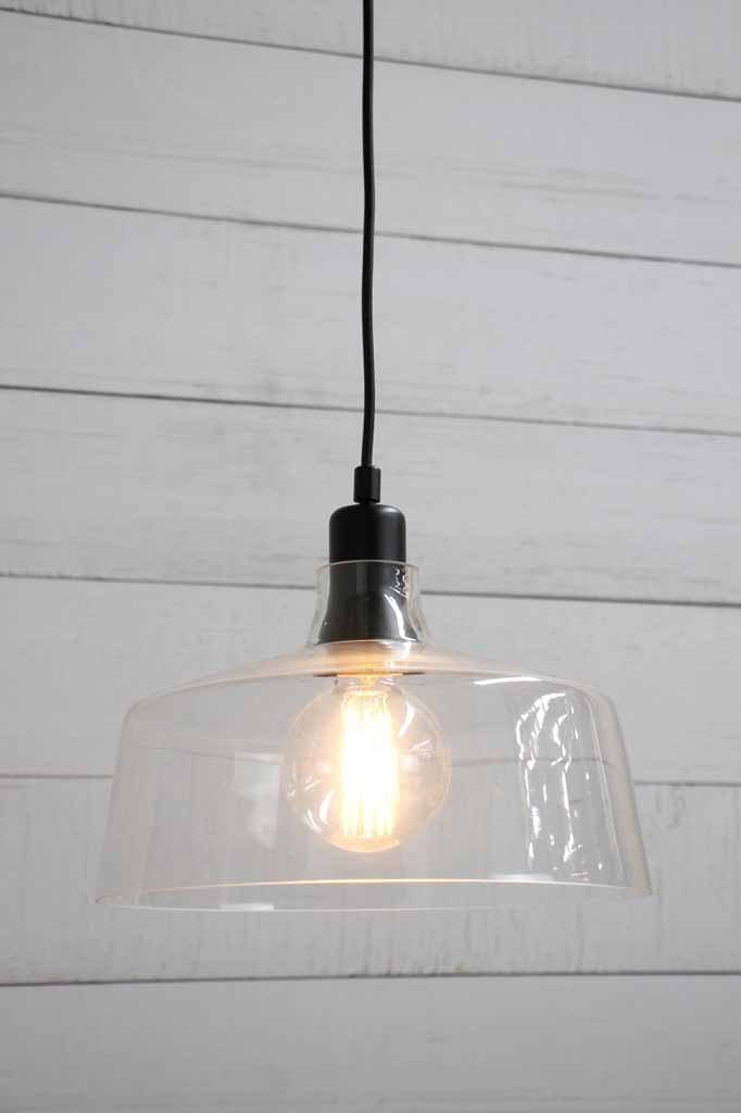 clear-glass-pendant-light