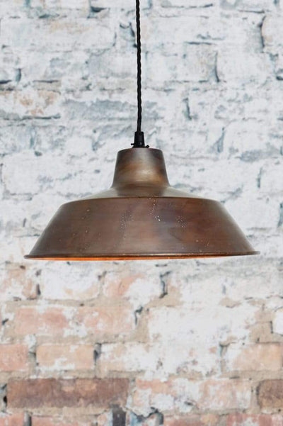 Copper pendant light with twist cord