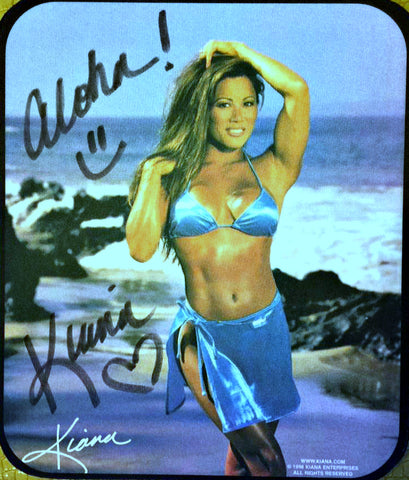 SIGNED KIANA MOUSEPAD & 8X10