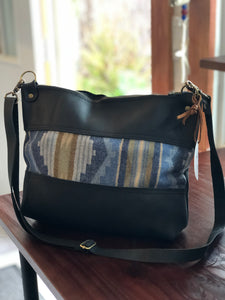 Lorretta Pouch Bag Dark Blues
