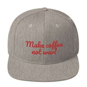 Snapback Cap design Make coffee not war, schwarz
